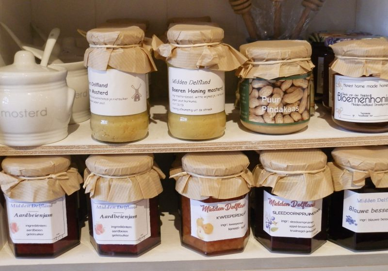 Heerlijke streekproducten zoals honing, mosterd en jam